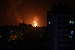 Zionist Regime Warplanes Launch Airstrikes on Gaza Strip